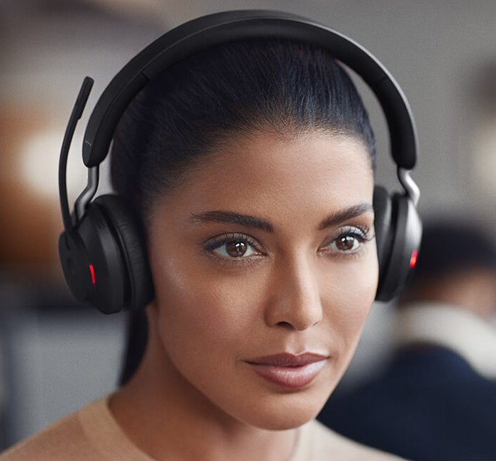 The Best Headsets to use with Softphones